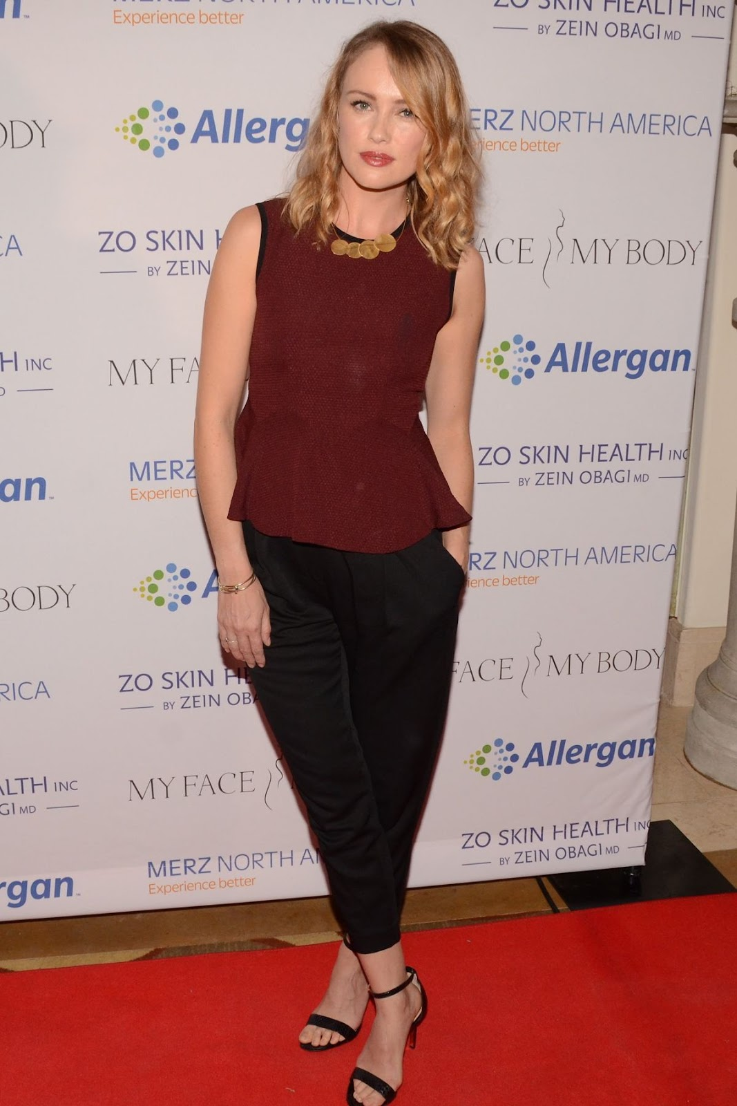 Full HQ Photos of 'Black Sails' actress Hannah New At Myfacemybody Awards In Beverly Hills