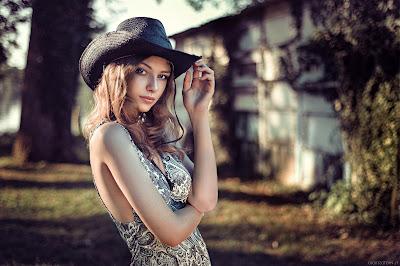 model style berpakaian wanita
