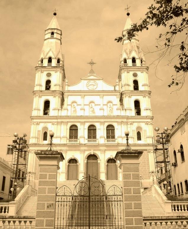 Igreja de Nossa Senhora das Dores, no Centro de Porto Alegre (RS)