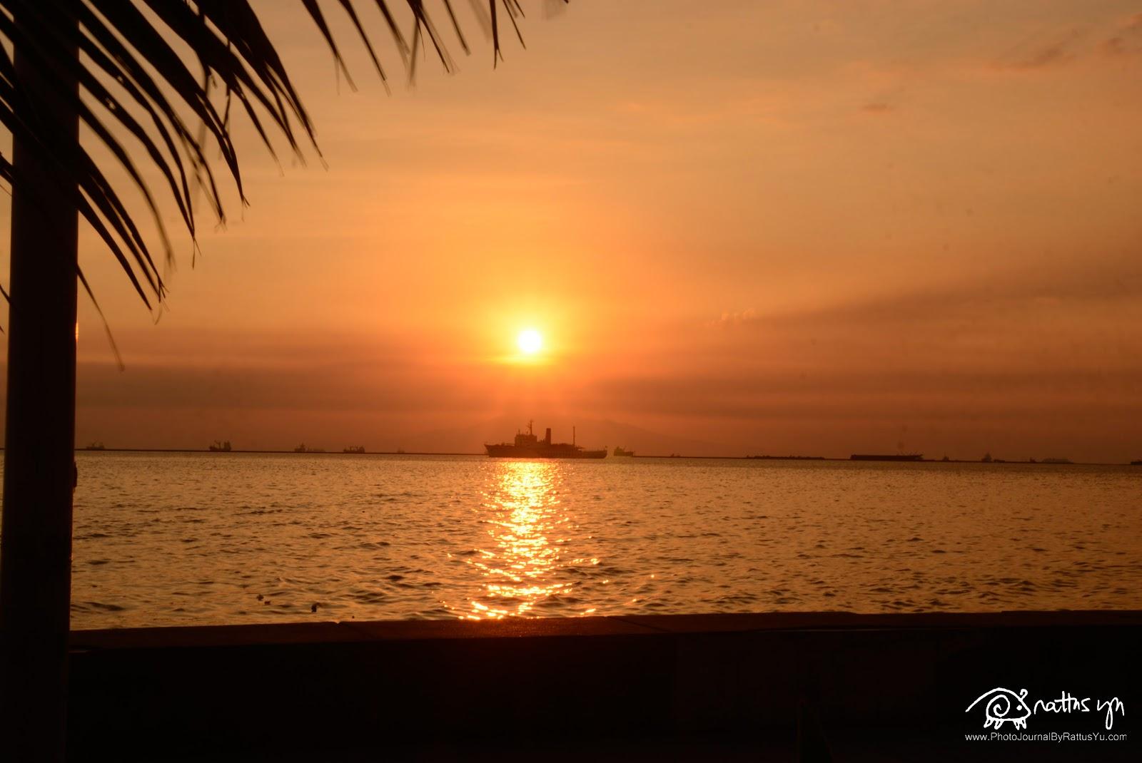 Sunset in Manila Bay, Sigma DC 18-200mm f/3.5-6.3 OS HSM