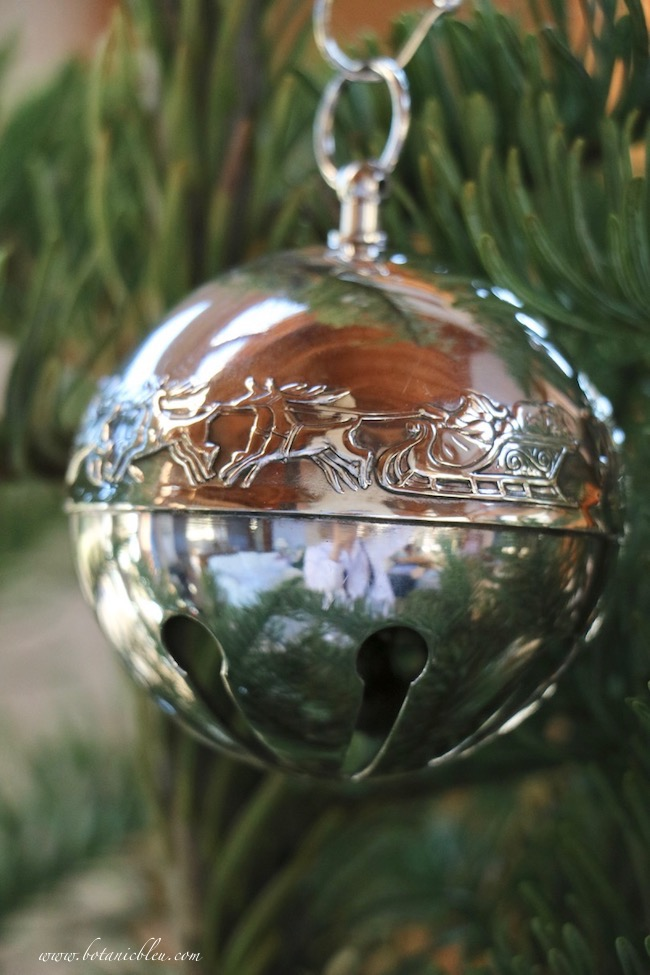 Christmas tree with dated annual 1972 Wallace silver plated sleigh bell