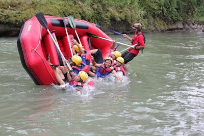 Rafting Alias Arung Jeram Di Sungai Elo, Rasakan Sensasinya