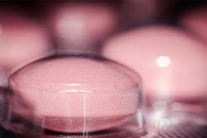 Descubra se um medicamento vendido na internet é confiável
