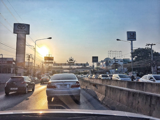 thajsko, thajské úřady, vízum thajsko, epic betch