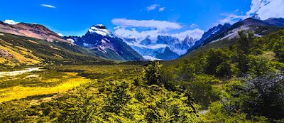 Valle del Río Fitz Roy, con el Cerro Solo y Cerro Torre, Aguja Egger, Punta Herron y Aguja Standhardt