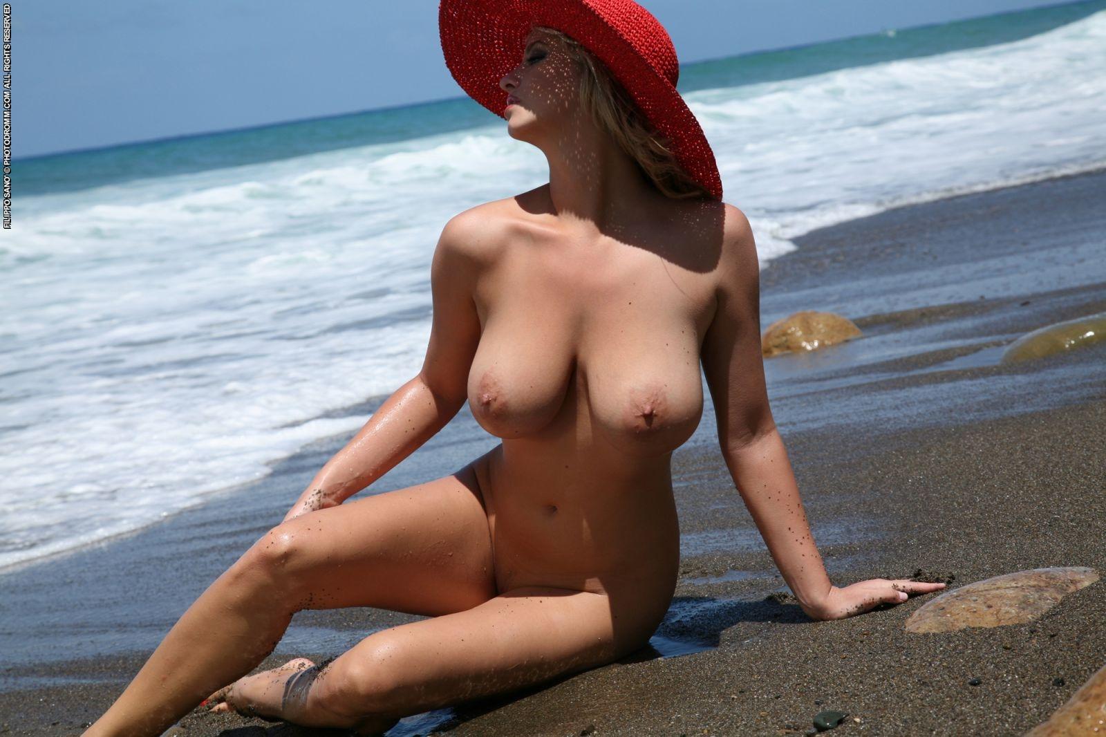 Nude beaches catalonia