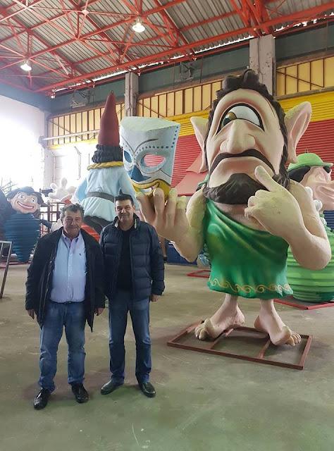 Το Καρναβαλικό Εργαστήρι του Δήμου Πατρέων επισκέφτηκε ο Πρόεδρος της ΚΕΔΑΜ Πέτρος Διολίτσης