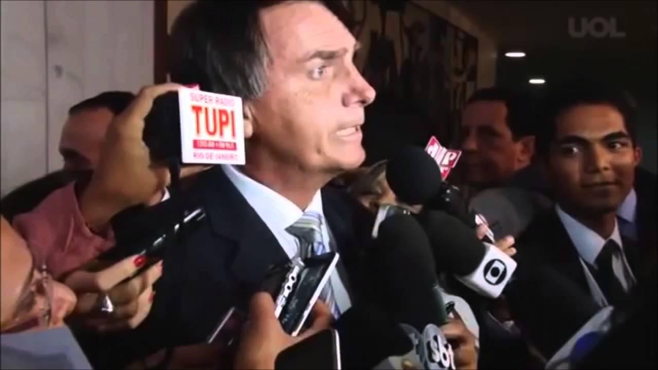 """BOLSONARO SOBRE LEVY: """"SE NÃO ABRIR A CAIXA-PRETA DO BNDES, ESTÁ FORA!"""""""