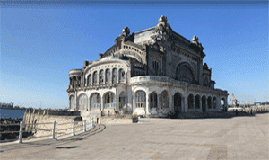 Casino de Constanza, junto al puerto de la ciudad