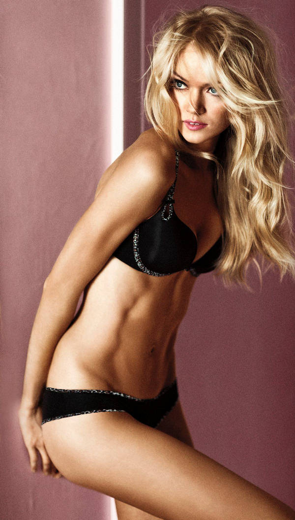 b9bb06cff8 American model Lindsay Ellingson is the lady of the new ad campaign and  advert of the Victoria s Secret Gorgeous Lingerie Collection 2011.