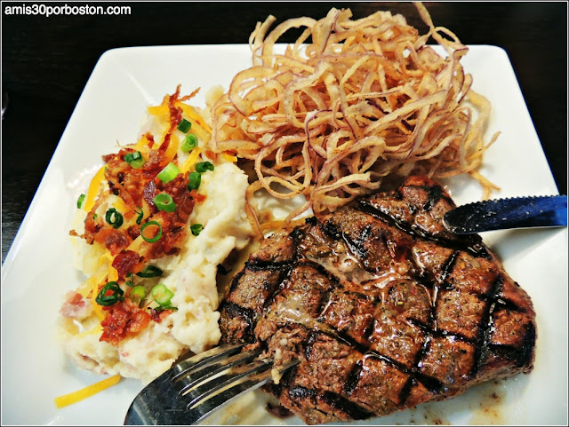 Chargrilled Sirloin Steak en Dave & Busters de Frisco
