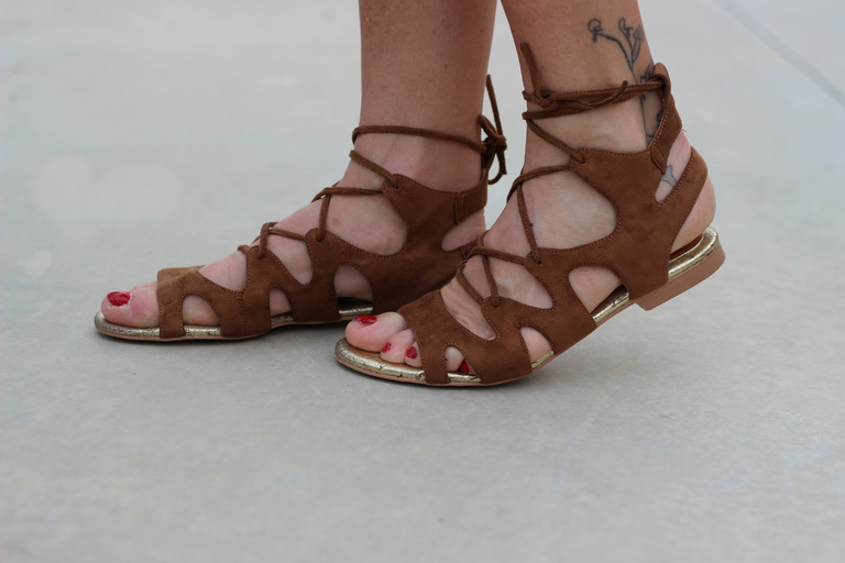 Sandalias Buffalo London, Tendencias 2016, bolso flecos,  fashion blogger, streetstyel 2016
