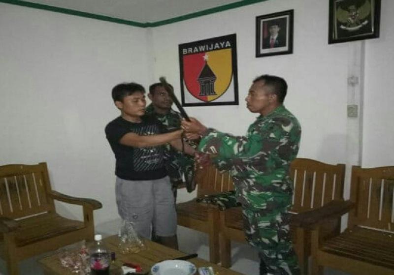 Dua Warga Malaysia Diamankan TNI