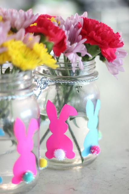 Easy to make bunny vase. Simple craft for Easter.