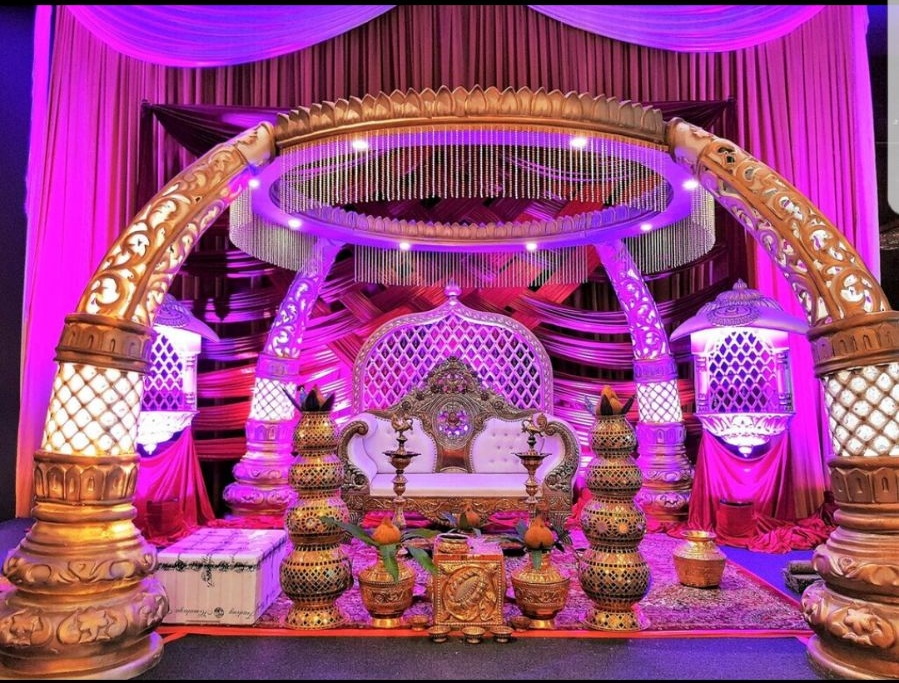 Guangzhou hola lighting co ltd its a great honor for hola lighting to be involved in this great wedding event 20pcs powerful 18x10w led indoor parcan lights used junglespirit Choice Image