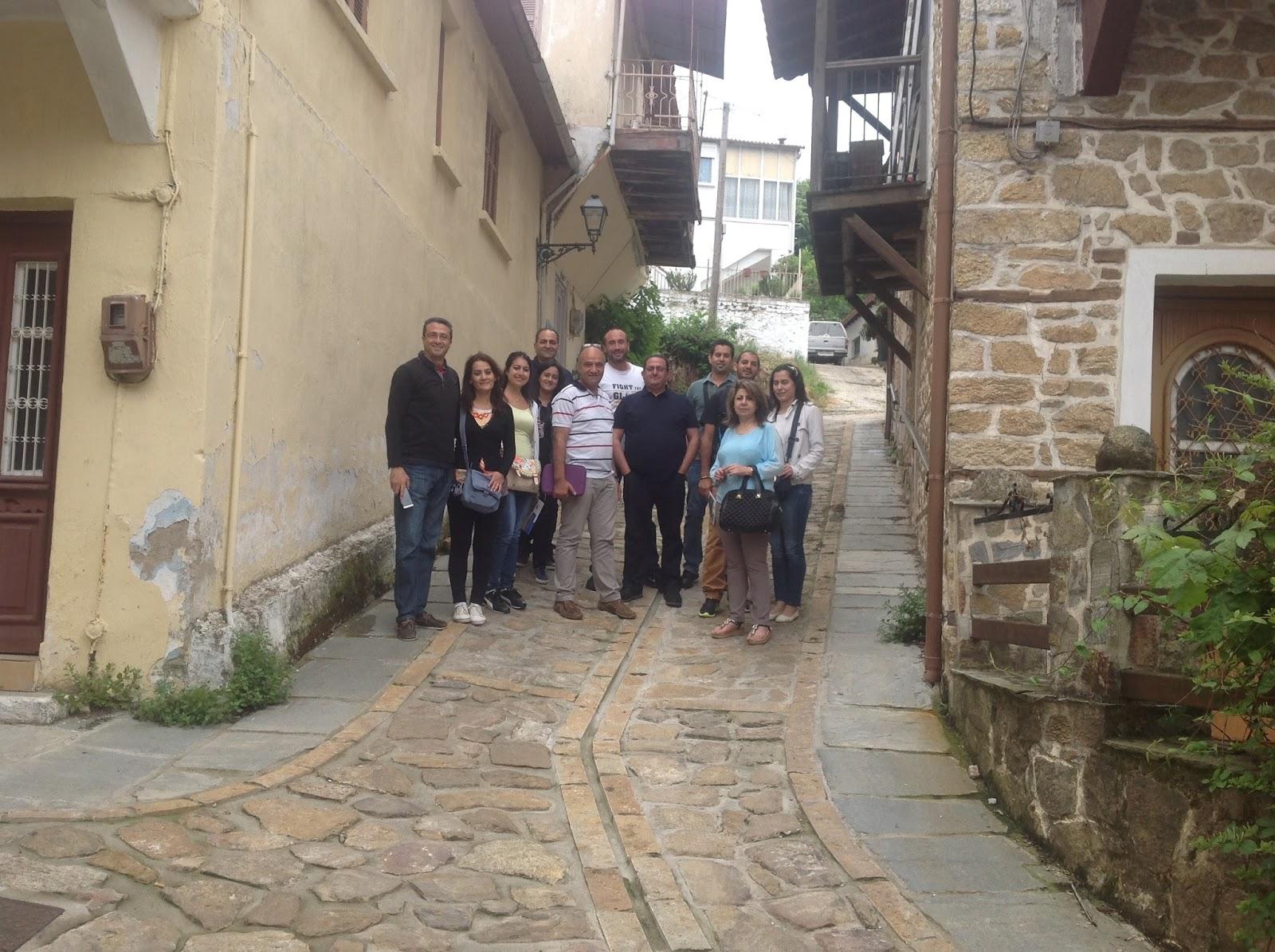 Εκατοντάδες οι επισκέπτες της πρώτης ημέρας του Απρίλη στην Αρναία