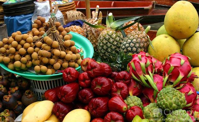 разные фрукты Таиланда