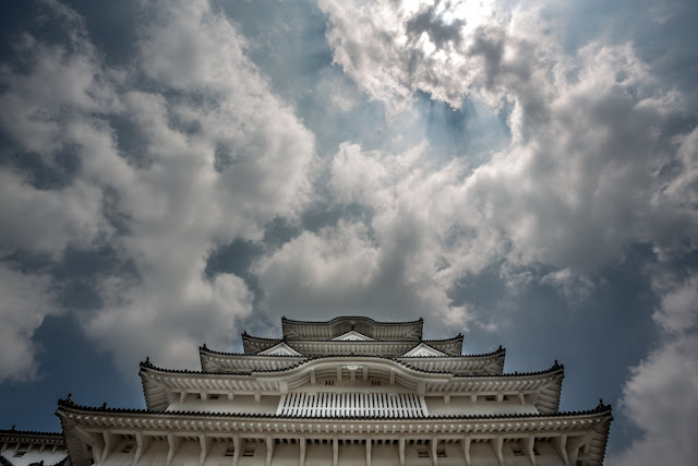 Cielo Himeji :: Canon EOS5D MkIII | ISO100 | Canon 17-40@17mm | f/10 | 1/400s