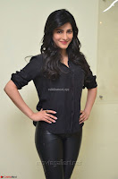 Shruti Haasan Looks Stunning trendy cool in Black relaxed Shirt and Tight Leather Pants ~ .com Exclusive Pics 084.jpg