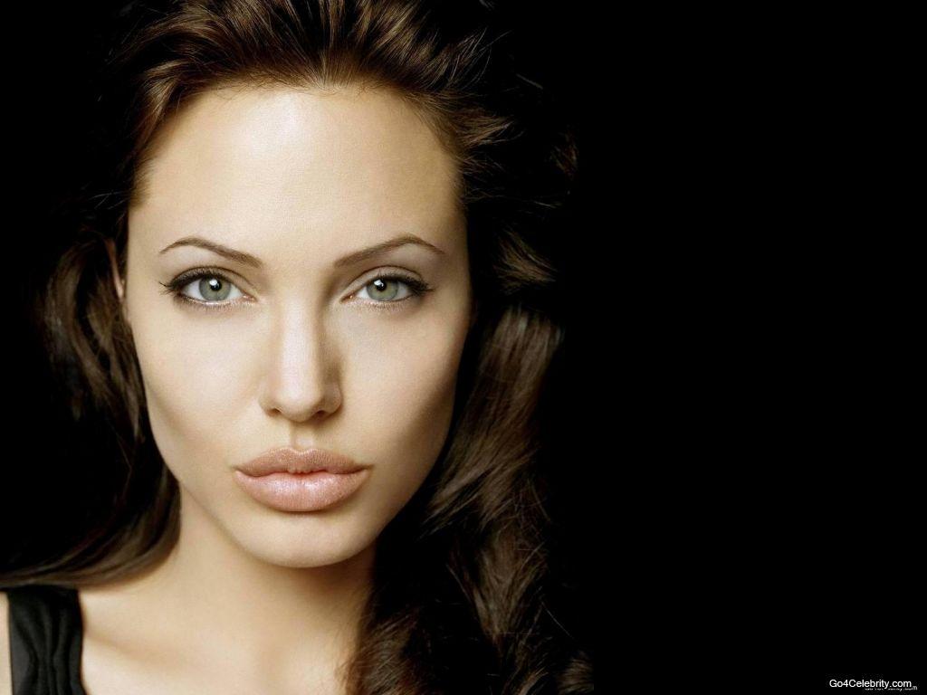 Is a cute Angelina Jolie nude photos 2019