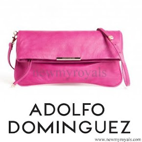 Queen Letizia style - ADOLFO DOMINGUEZ Clutch