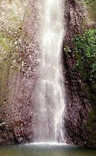http://www.teluklove.com/2017/01/pesona-keindahan-wisata-air-terjun-tibu.html