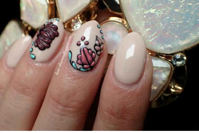 fakturowe wzory na paznokciach