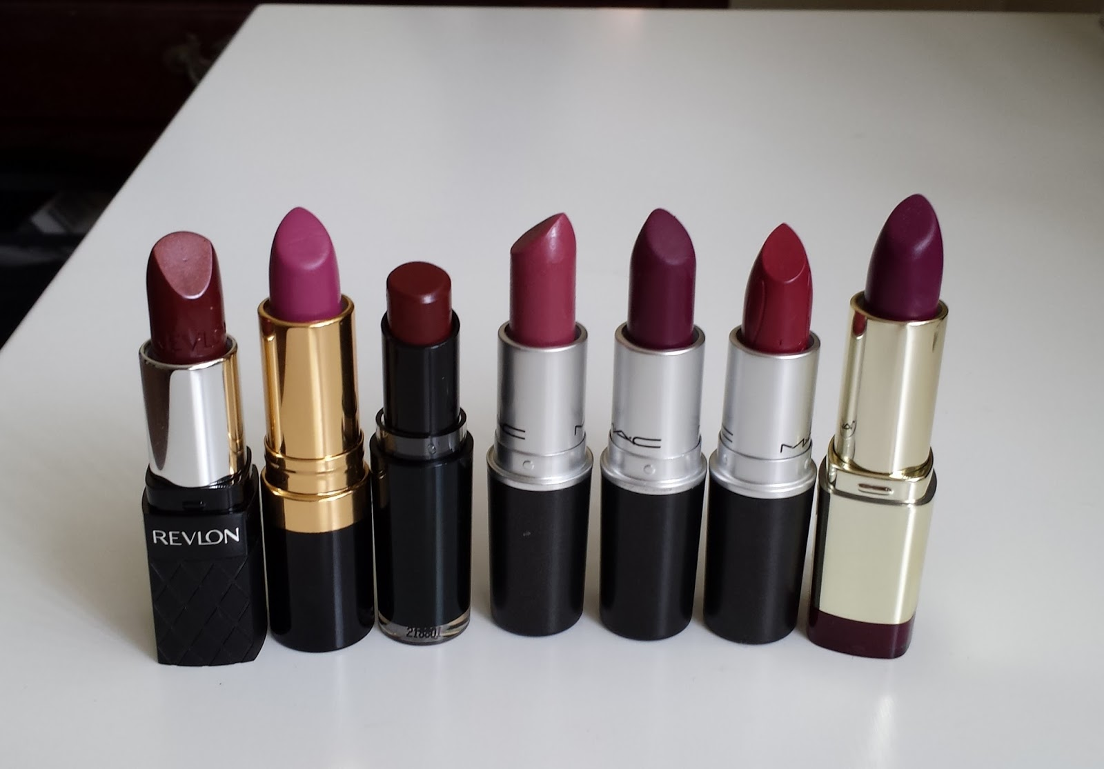 8 Reddish Lipsticks For Fall