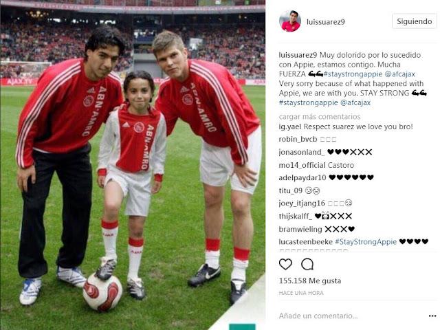 Luis Suárez le envió fuerzas a Nouri compartiendo una inédita imagen del juvenil en las inferiores del Ajax.