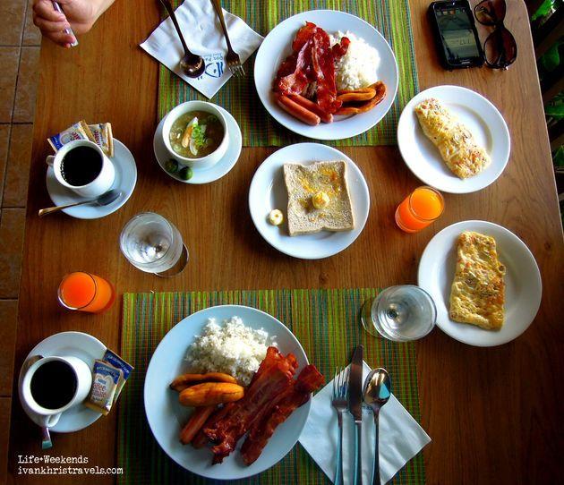Dining at Dos Palmas Island Resort and Spa