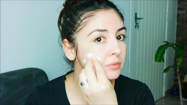 pele, pele oleosa, acneica, sabonete, ácido, ácido elágico, elixir facial, escova de limpeza, rotina diária