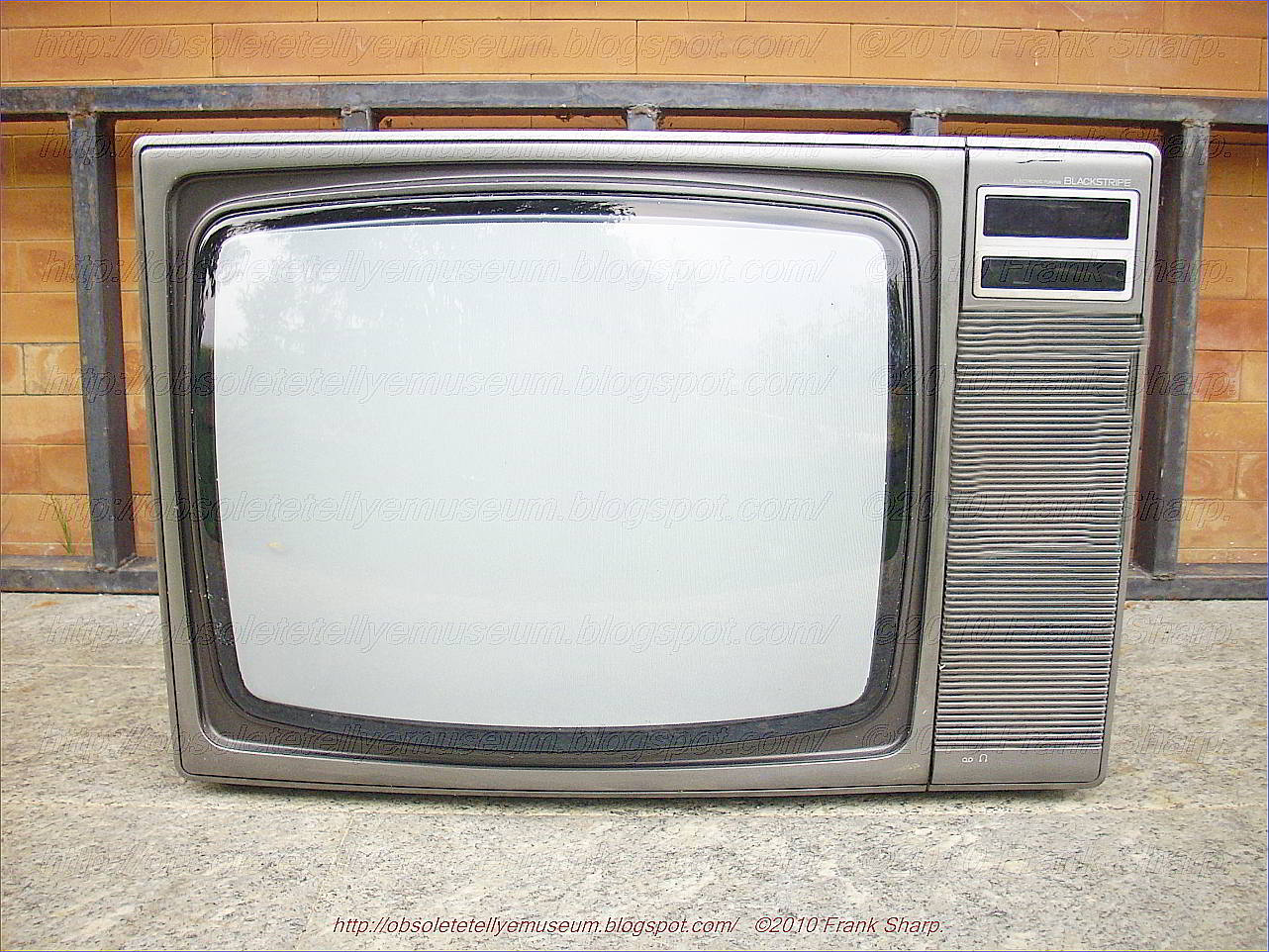 medium resolution of toshiba color tv model n c2295t1 year 1980