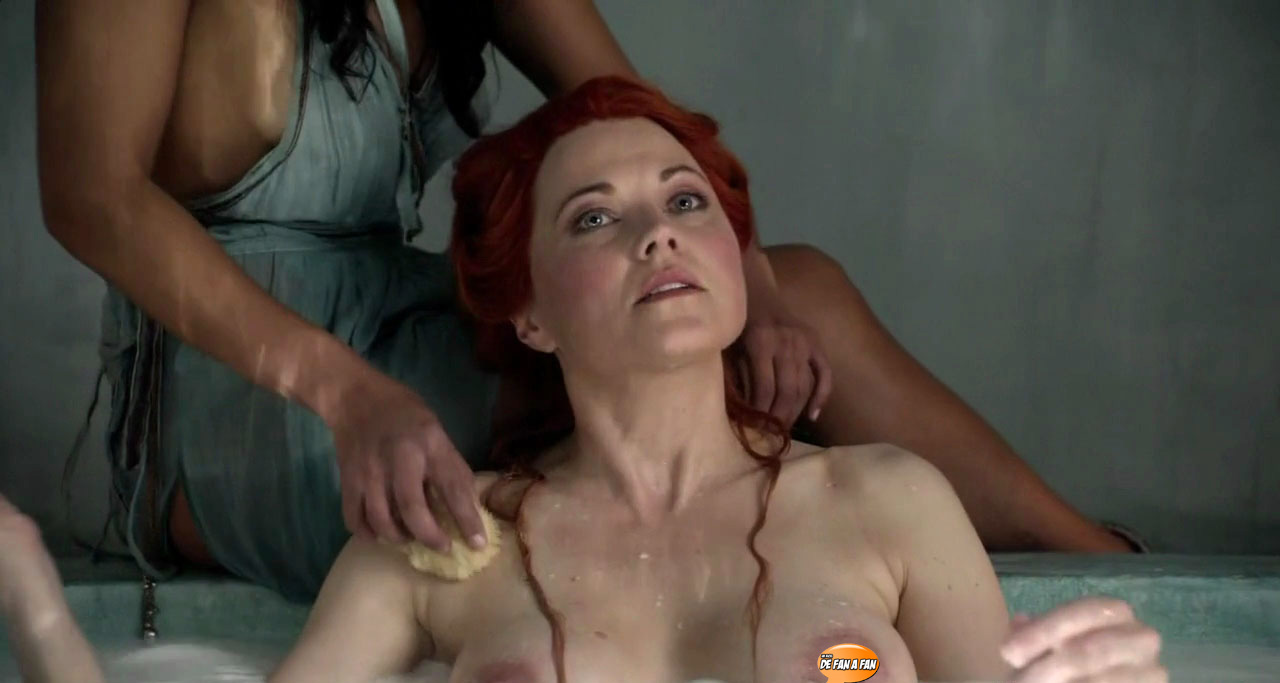 Lucy Lawless como Lucretia