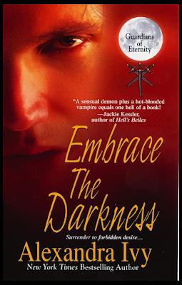 Resultado de imagen de abraza la oscuridad alexandra ivy