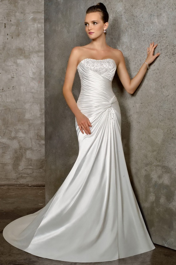 Classy And Elegant Black And White Flooring Design Ideas: Elegant Mermaid Wedding Dresses