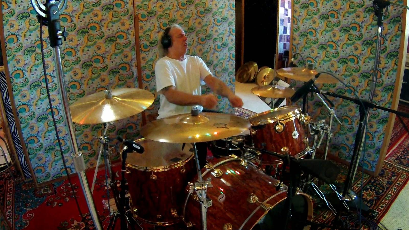 christopher long show biz guru glenn evans nuclear assault 39 s pot head drums up new solo album. Black Bedroom Furniture Sets. Home Design Ideas