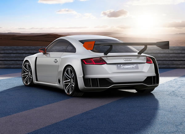 「TT Clubsport Turbo Concept」のリア画像