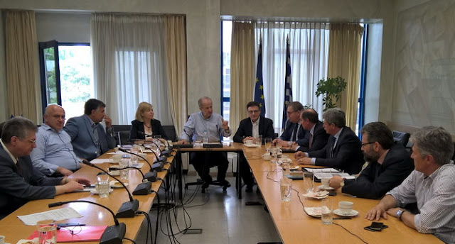 Τη δημιουργία Ελεύθερης Ακαδημίας δρομολογεί η Περιφέρεια Αν. Μακεδονίας - Θράκης