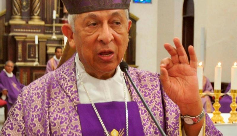 Monseñor De la Rosa y Carpio se encuentra estable tras lesión
