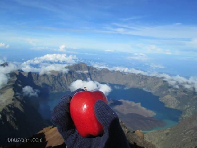 Segenggam Inspirasi dari Pendakian Gunung Rinjani