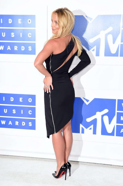 Britney Spears – 2016 MTV Video Music Awards in New York City