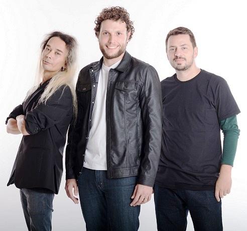 A Banda Patrini, com shows extremamente marcantes e elogiados por grandes  nomes da música, como a banda Blindagem, referência na cena de Curitiba, ... 954a152094