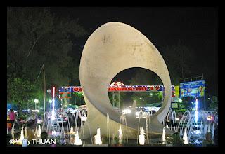Saphan Hin Monument