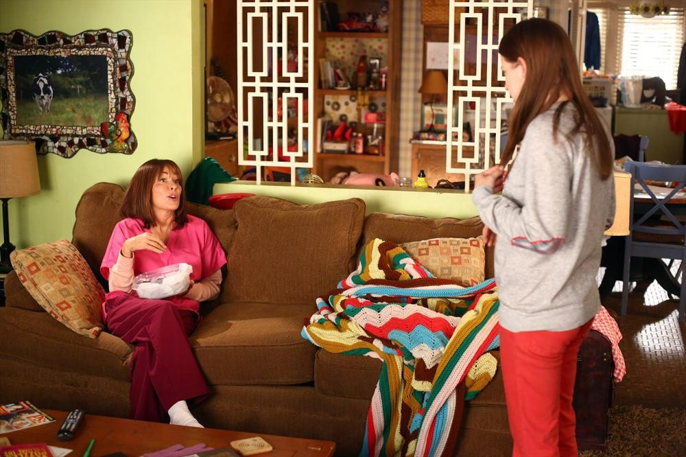 The Middle - Season 6 Episode 09: The Christmas Wall