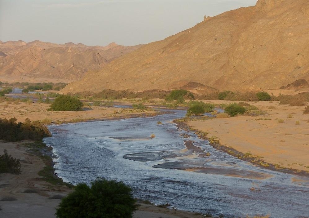 Imparare con la geografia 36 il pianeta terra l 39 idrosfera - Letto di un fiume in secca ...