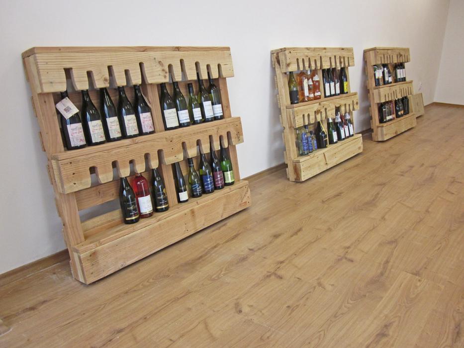 oficina de experto en vinos amueblada. Black Bedroom Furniture Sets. Home Design Ideas