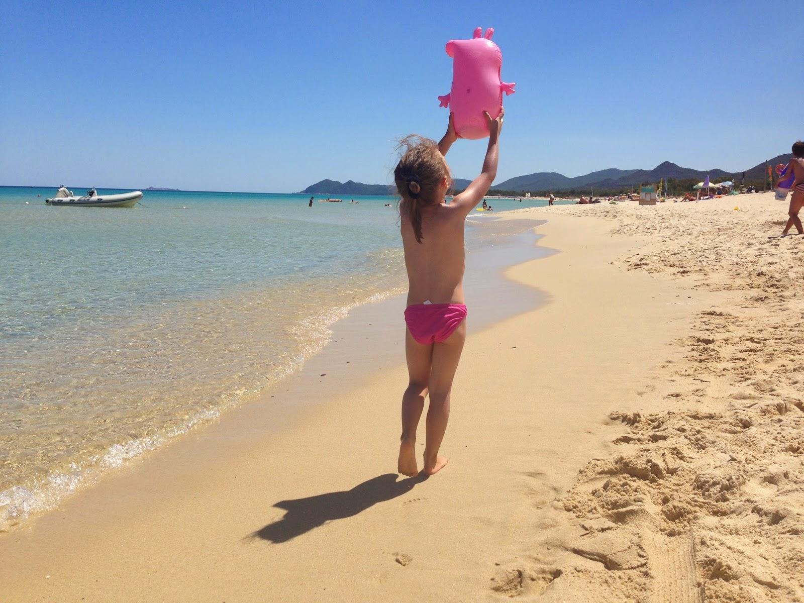 Foto Divertenti Bambini Al Mare vacanze al mare con i bambini: sardegna, costa rei – rosa e