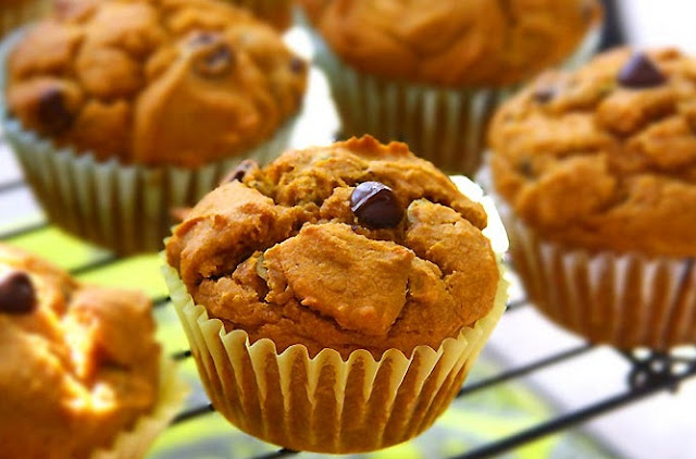 healthy breakfast muffins low calorie,healthy low-fat pumpkin oatmeal choco chip muffins,whole grain carrot coconut morning glory