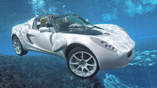 Amazing rinspied car underwater wallpapers