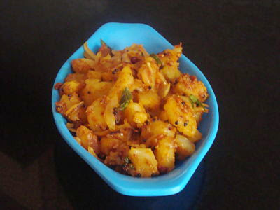 Potato Curry with Freshly Ground Spices